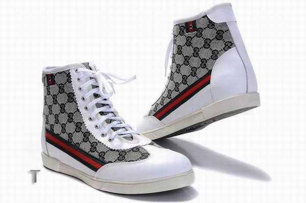 c19e1f162e260 chaussure guess bebe
