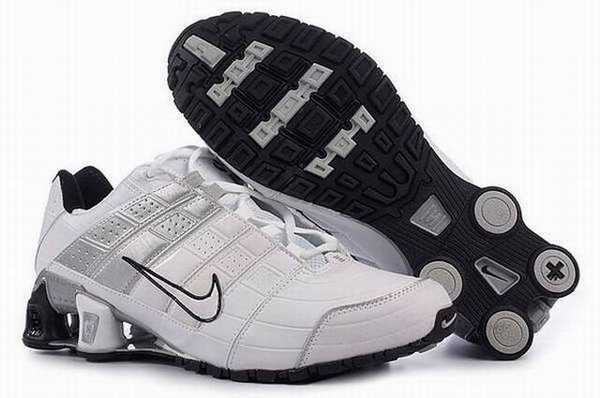 Chaussures Nike Shox Fille