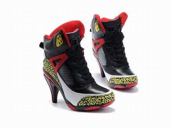 Foot Fille Chaussure Chaussure Chaussure Foot Locker Adidas Locker Foot Fille Adidas Fille Adidas MpqzUGVS
