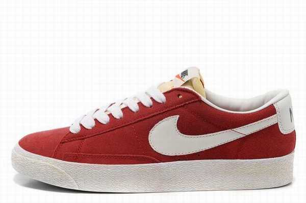 Nike Air Force One 3 Suisses