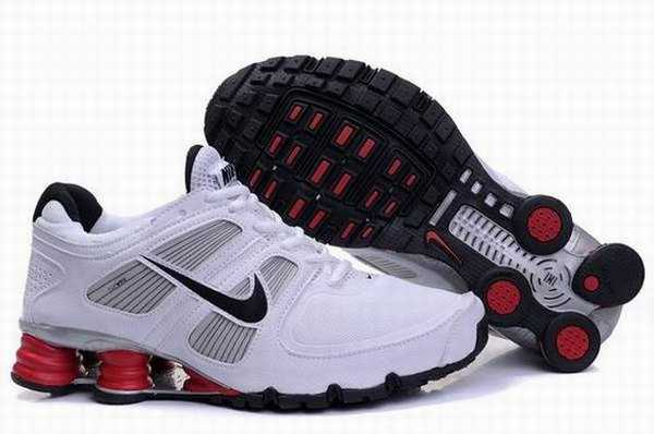 Chaussures Nike Shox Rivalry R3 Noir Vert