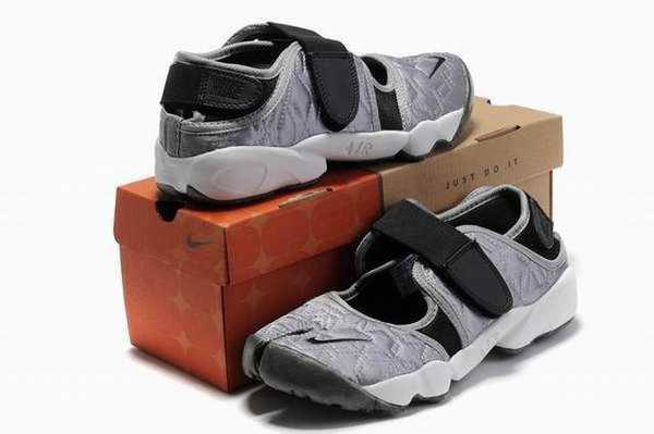 nike air rift ninja noir nike ninja air rift pas cher nike ninja paypal france. Black Bedroom Furniture Sets. Home Design Ideas
